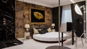 gold-room-01